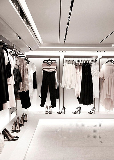 Zara's New Green Retail Store Interior Design - Commercial ...