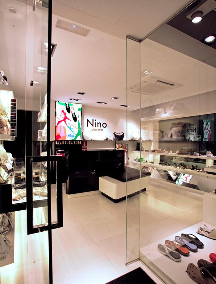Shoe store online