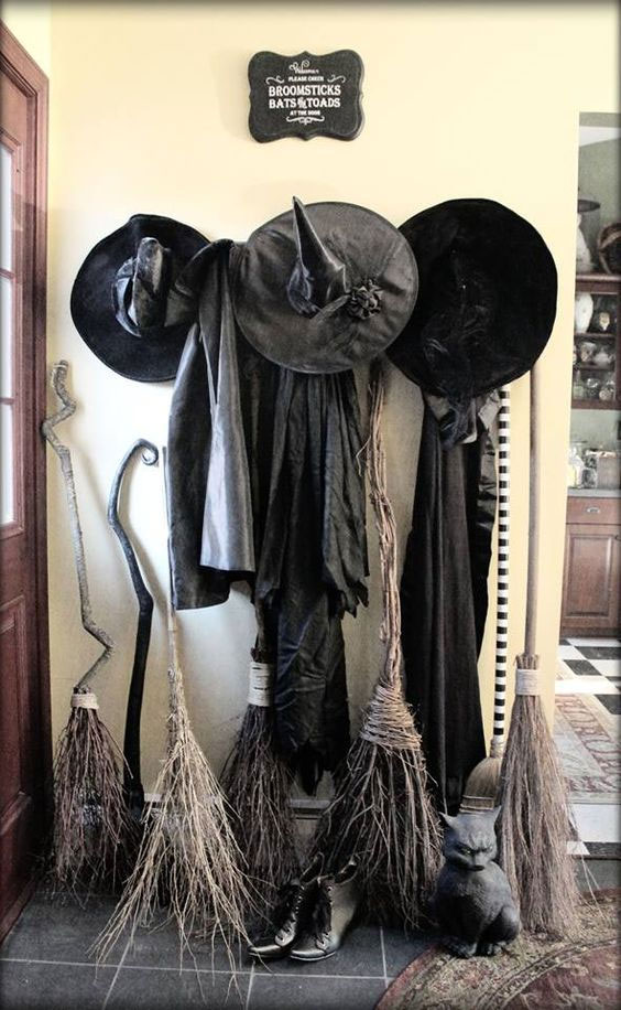 Decorating Ideas > Get Your House Ready For Halloween, From The Front Door To  ~ 093352_Halloween Decoration Ideas Witch
