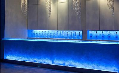 Bakclit Glass Bar Design