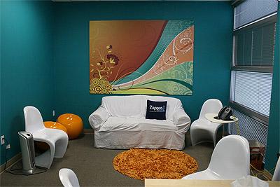 Online Shoe Store Office Interior Design - Zappos | Mindful Design ...