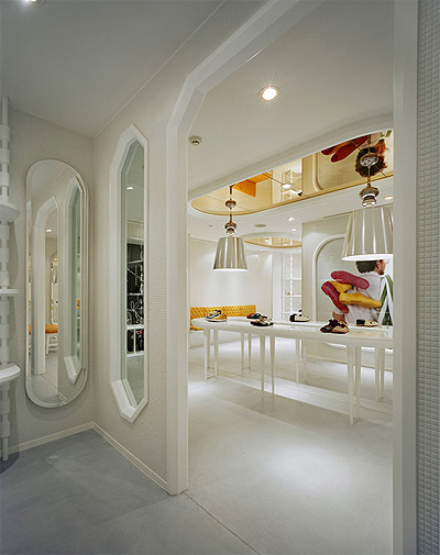 Wall partition interior of living room inspiration - Shoe Store Design Retail Commercial Interior Design