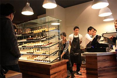 cupcakes-store-interior-design