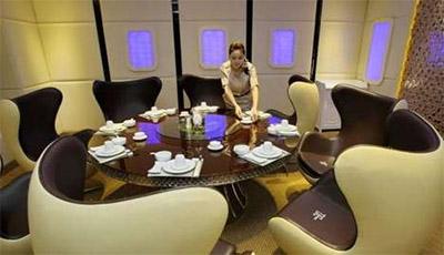 Restaurant interior design resembling plane