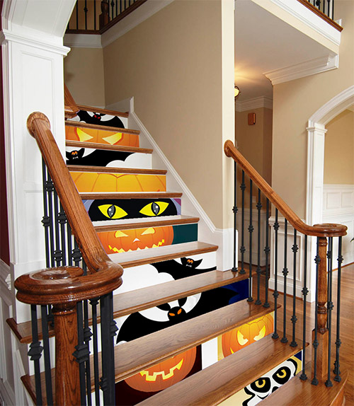 halloween decor on stairs