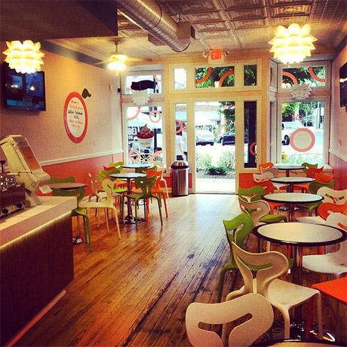 Apricato yogurt shop interior design