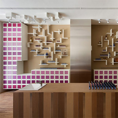 cosmetics store shelving design