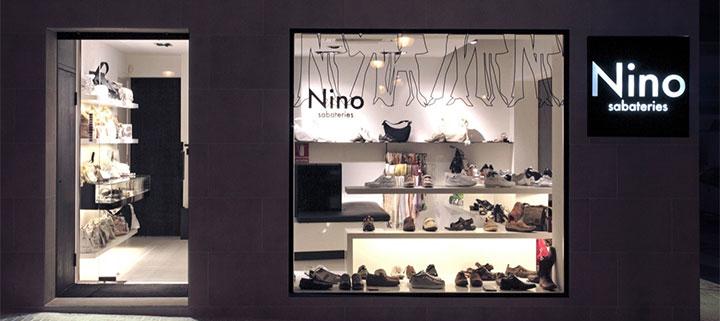 Elegant shoe shop storefront design