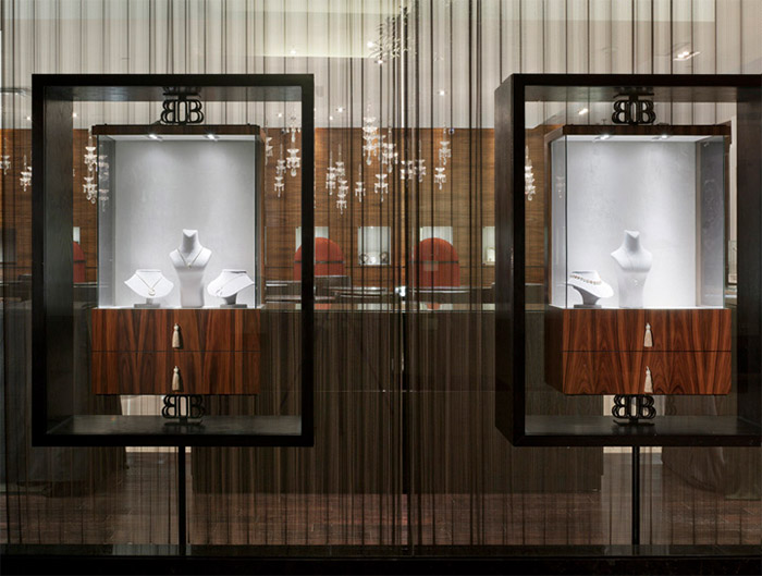 Sophisticated Jewelery Store Design In Toronto