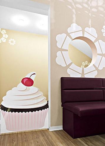 cupcake store interior design