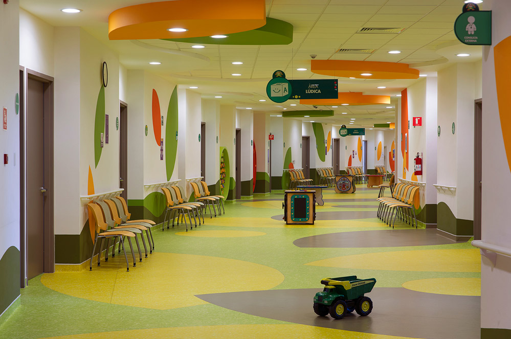Colorful Hospital Design Gives Hope Commercial Interior