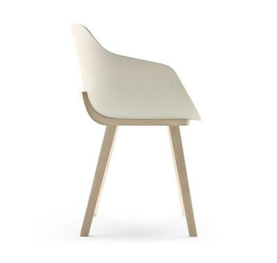 Iratzoki Bioplastic Chair
