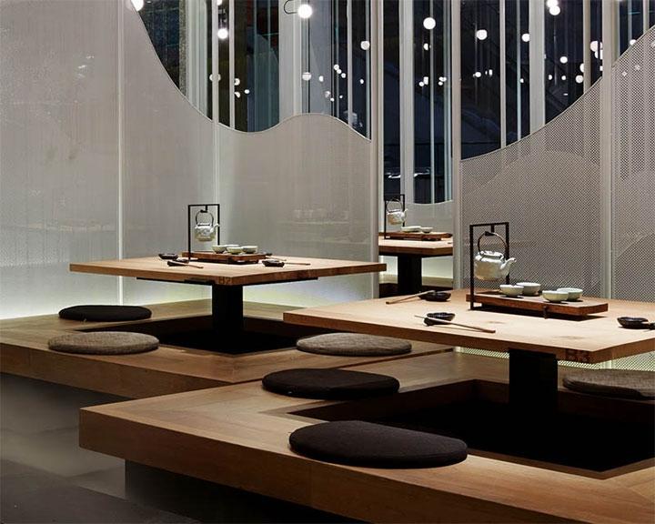 Fog-Restaurant-Platform-Seating