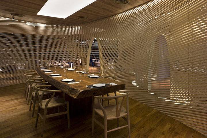 Nautical-Theme-Restaurant-Walls