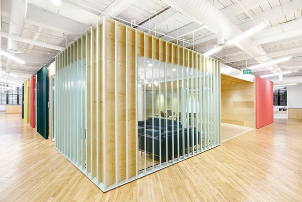 Office Design Stands as a Metaphor for the World of Commerce