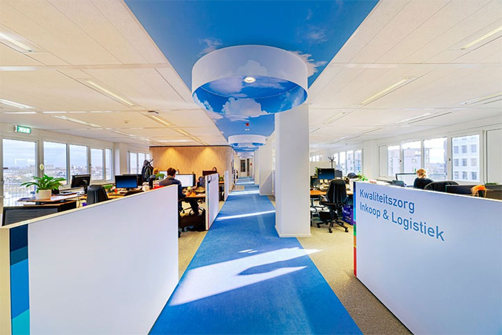 Bright-Colors-in-Office-Design