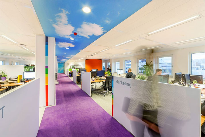 Low-Dividers-in-Office-Design