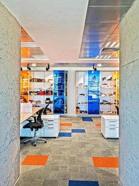 Modern-Furniture-in-Office-Design