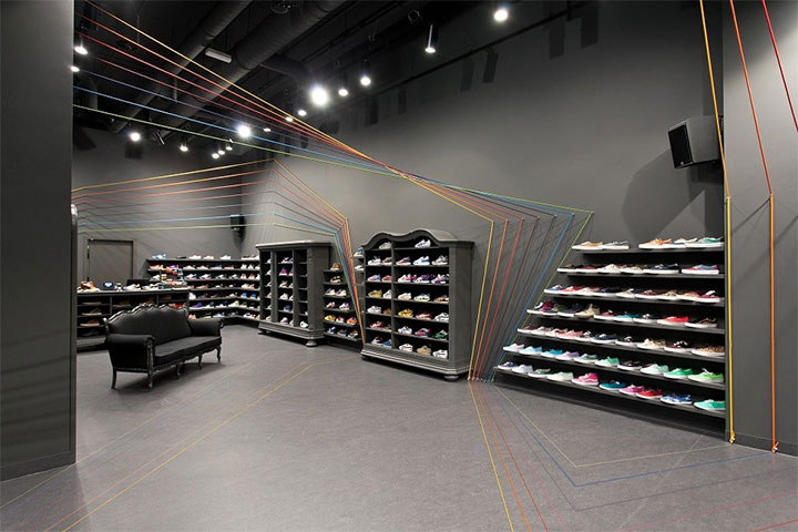 Sport-Shoes-Store-Design