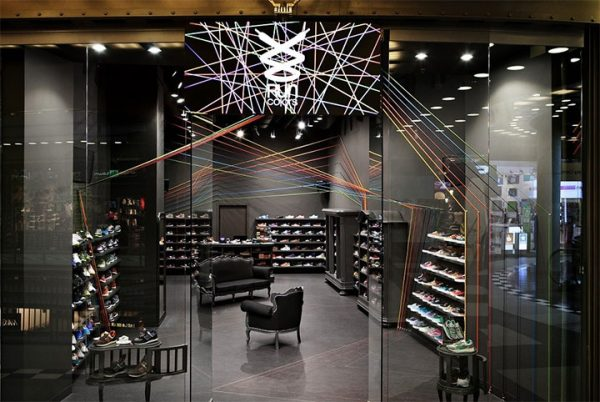 Shoelaces Serve as Inspiration for Sneaker Store Design