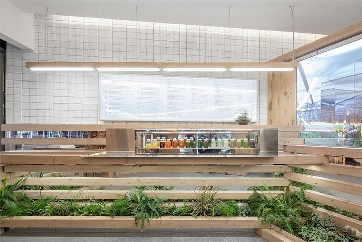 Wood-in-Store-Design