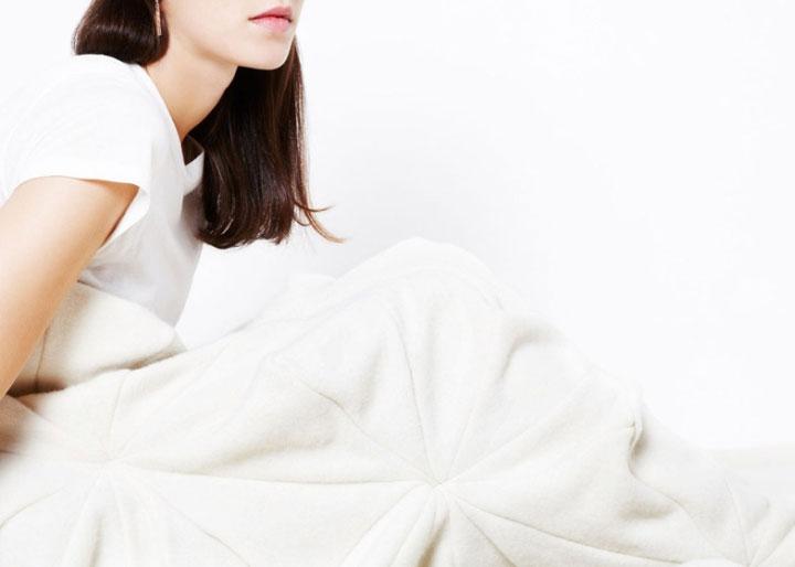 Origami-Blanket-Indoor-Accessories