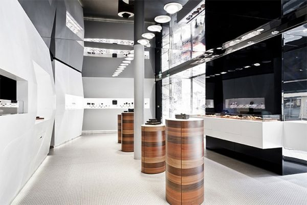 Clean Geometric Structures Play Double Role in Patisserie Store Design