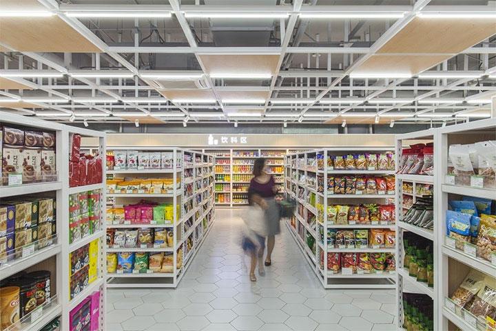 Steel-Ceiling-Structure-in-Supermarket-Design