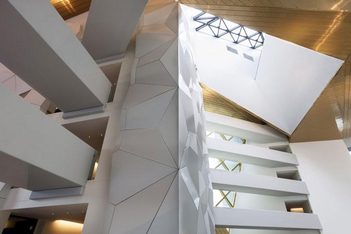 Aluminum-Panel-Finshes-in-Interior-Design