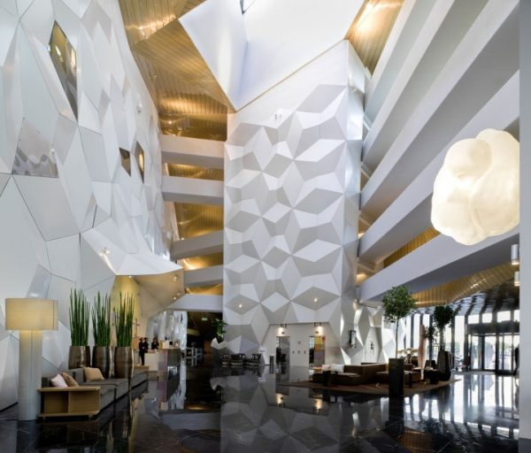 Wall Cladding Design Materials – The Many Faces of Aluminum Panels