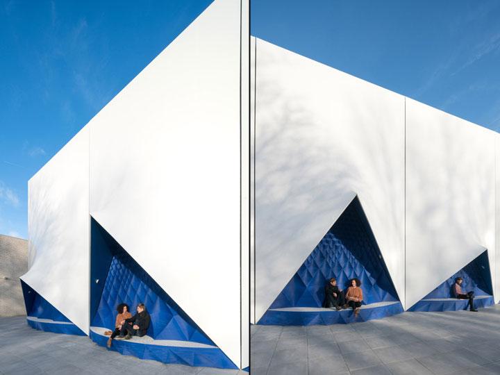 Reusable-Material-for-Building-Facade-Design