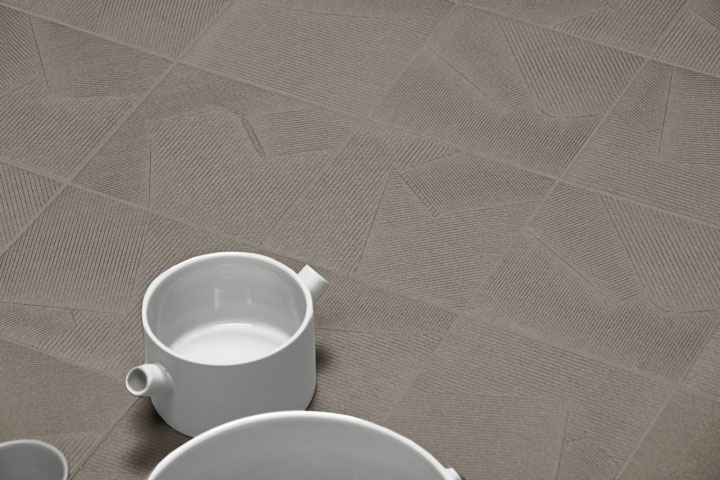 Textile-Inspired-Ceramic-Tiles-as-Design-Materials