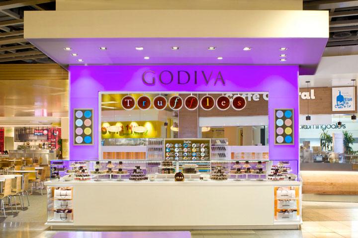 Colorful-Chocolate-Kiosk-Design
