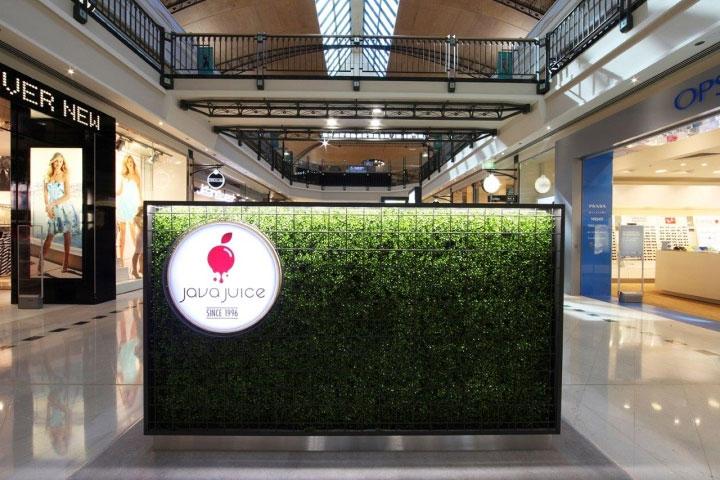 Plant-Covered-Counter-in-Kiosk-Design
