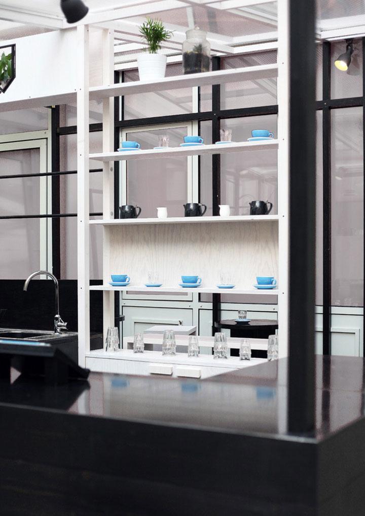 black-and-white-coffee-shop-design