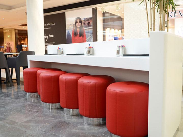 white-and-red-kiosk-design