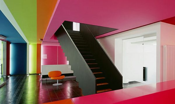 Bold Color Combination in Office Design