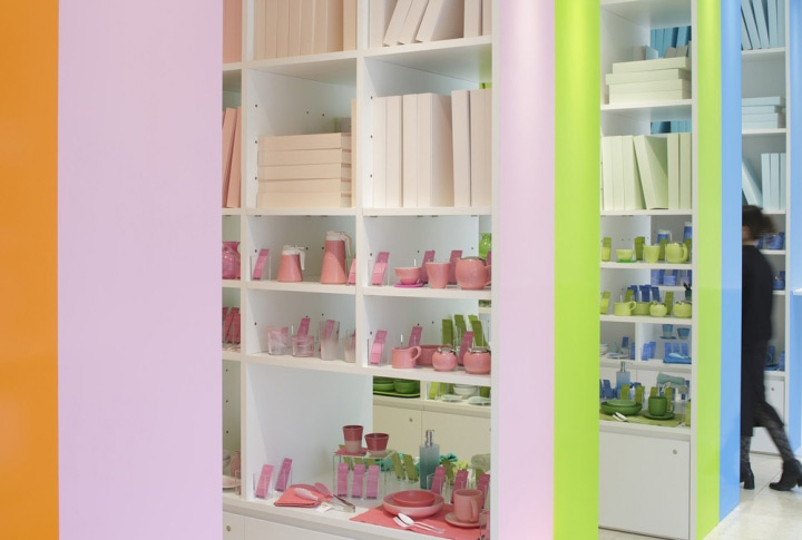 colorful-display-in-store-design