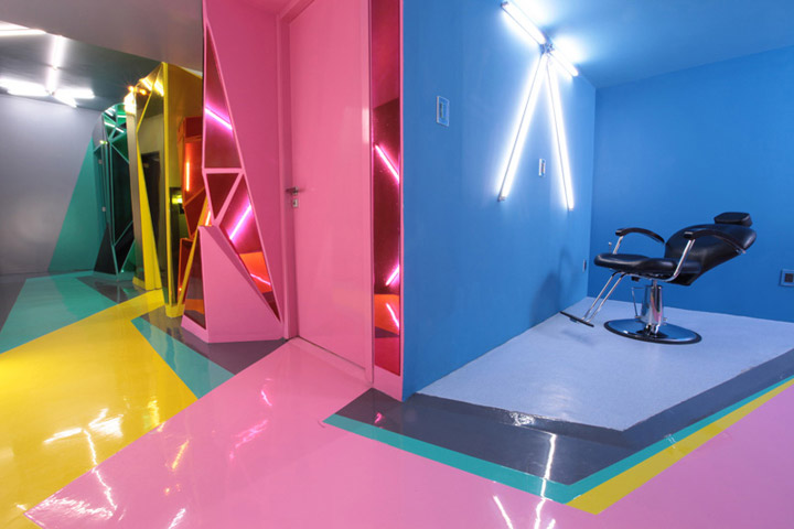 colorful-linoleum-floor-in-interior-design