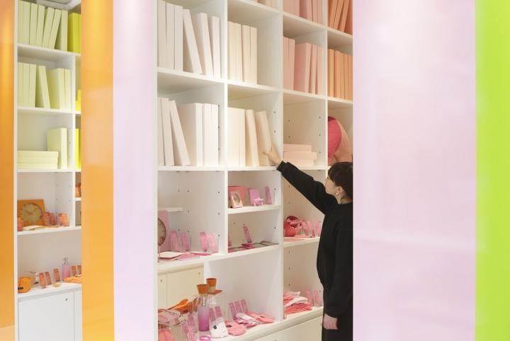 library-inspired-store-design