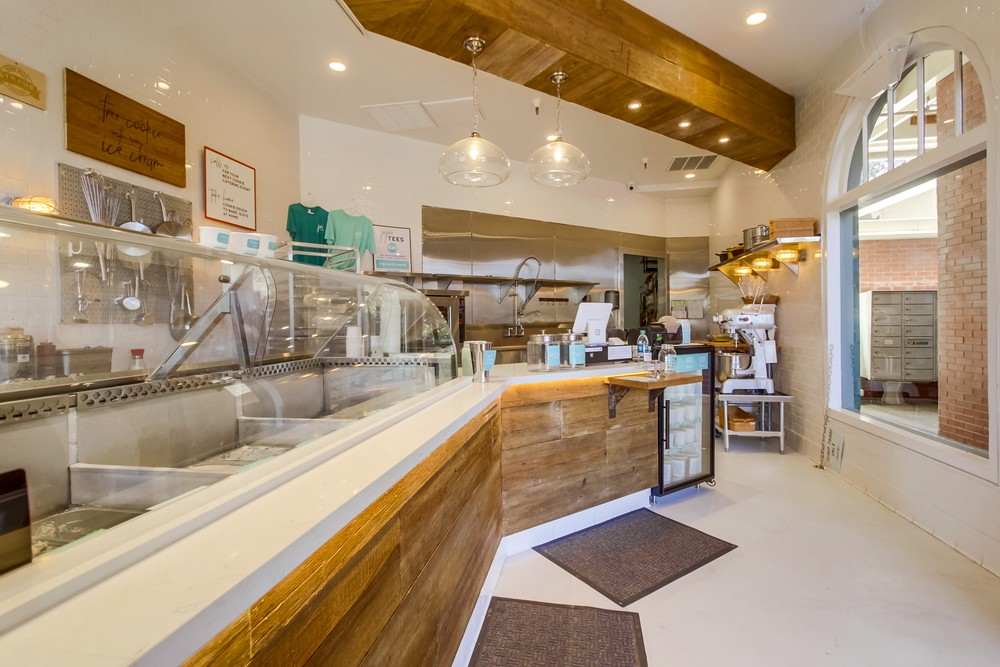 Ice-Cream Shop Interior Design