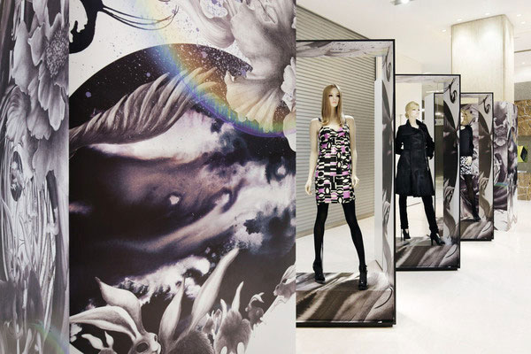2D and 3D elements in eccentric modern display for retailer