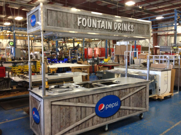 Mobile beverage cart for fountain drinks