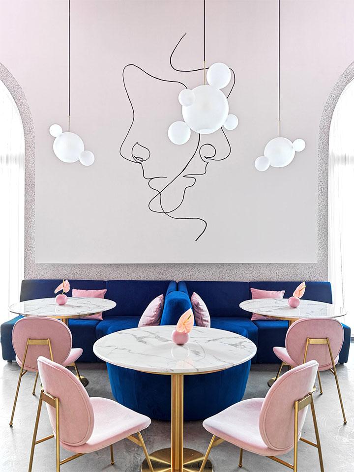 Minimlaist wall art in modern interior design